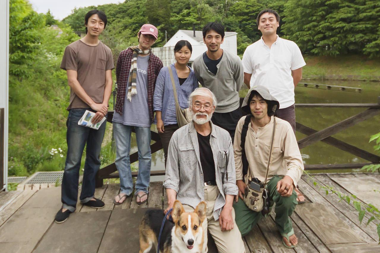 非電化工房で、高橋素晴と藤村博士が会う