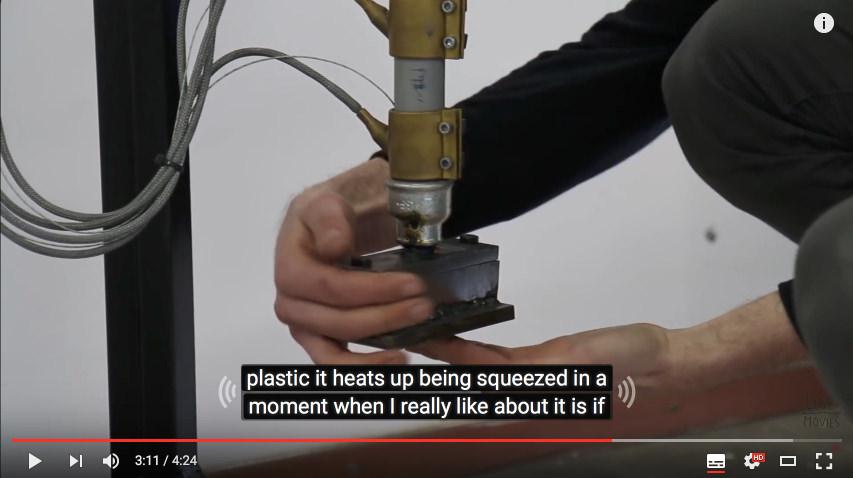【プラスチック再生のプププ】マシンを組み立てる解説映像
