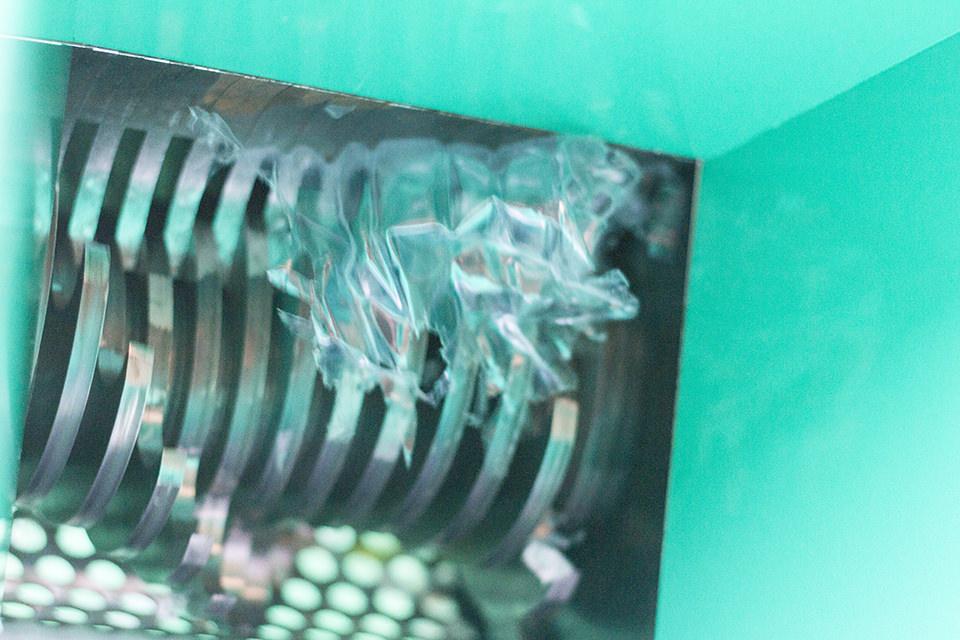 プレシャスプラスチックプロジェクト、破砕機完成まであとちょっと!