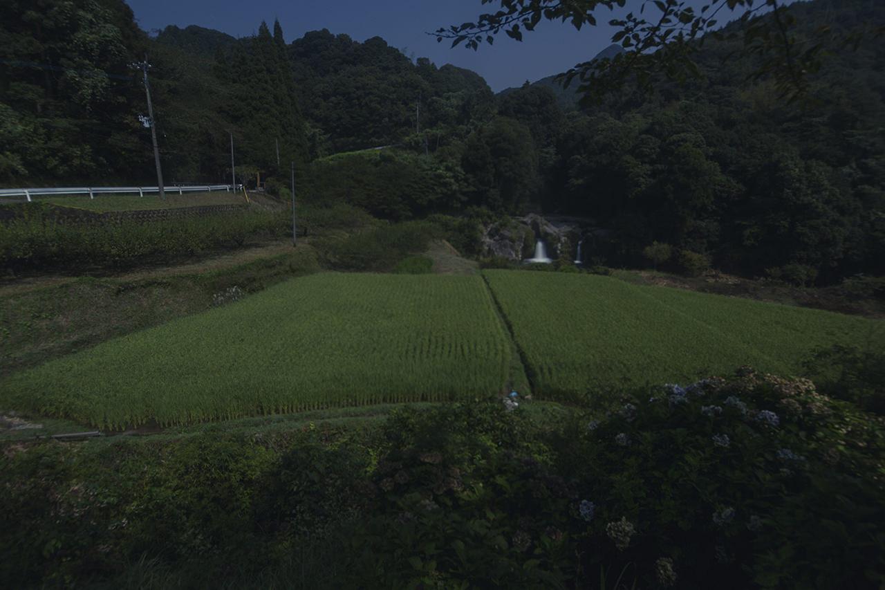 スーパームーンと長谷集落