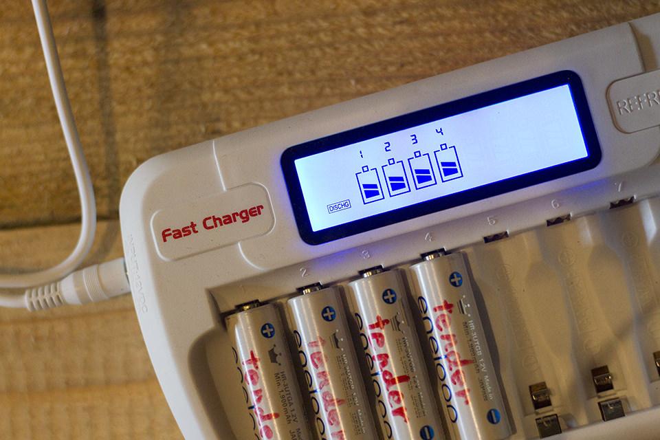 直流乾電池充電器のfastchargerを試す