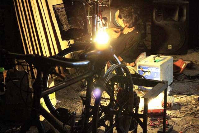 自転車発電、200W版